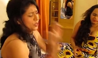 Duo Indian Bhabhi Sexy In all directions from an obstacle lackey are Dealings